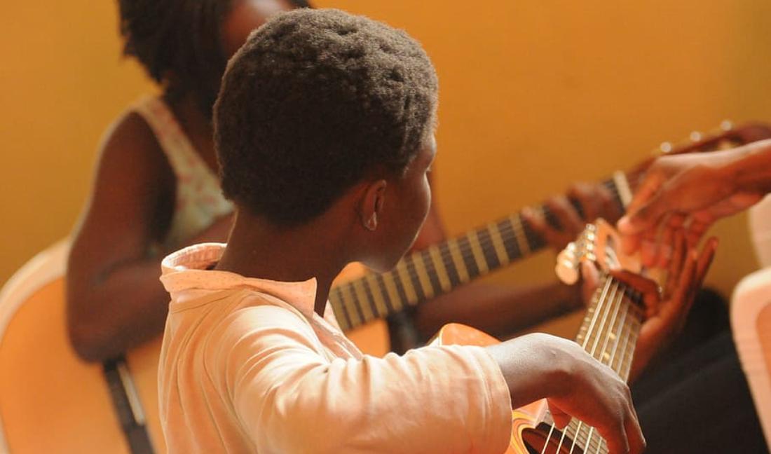 Royalafrican guitar school art foundation
